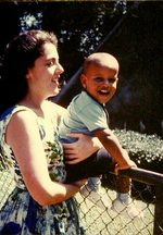 Barack_obama_and_mother
