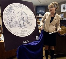 Sarah_palin_with_polar_bear_coin