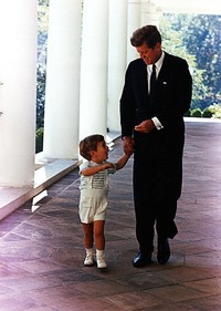 John_and_john_kennedy_jr